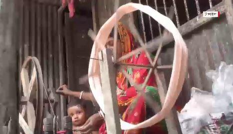টাঙ্গাইলের তাঁত পল্লীগুলোতে ঈদের প্রভাব নেই