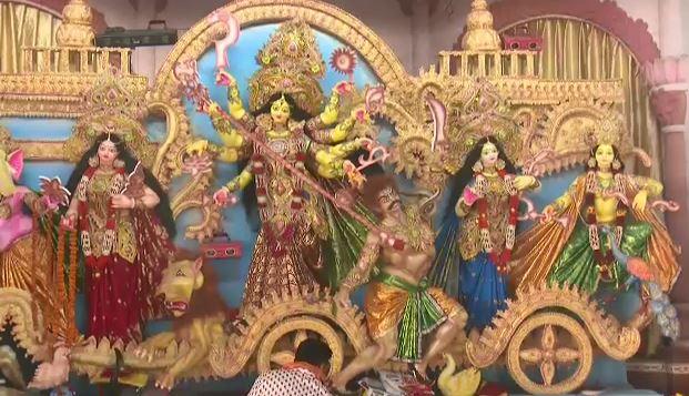 আজ মহানবমী, কাল প্রতিমা বির্সজন