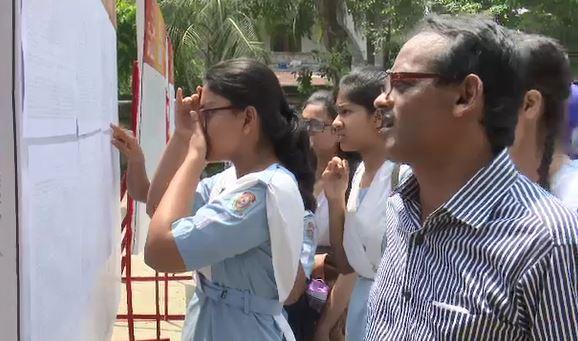'ভালো কলেজে ভর্তিতে আসন সংকট হবে না'