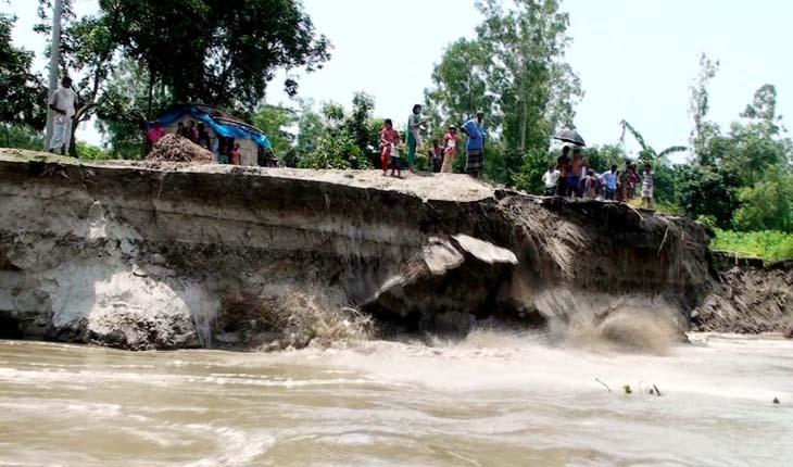 নদী ভাঙনের কবলেটাঙ্গাইলের বেশ কয়েকটি গ্রাম