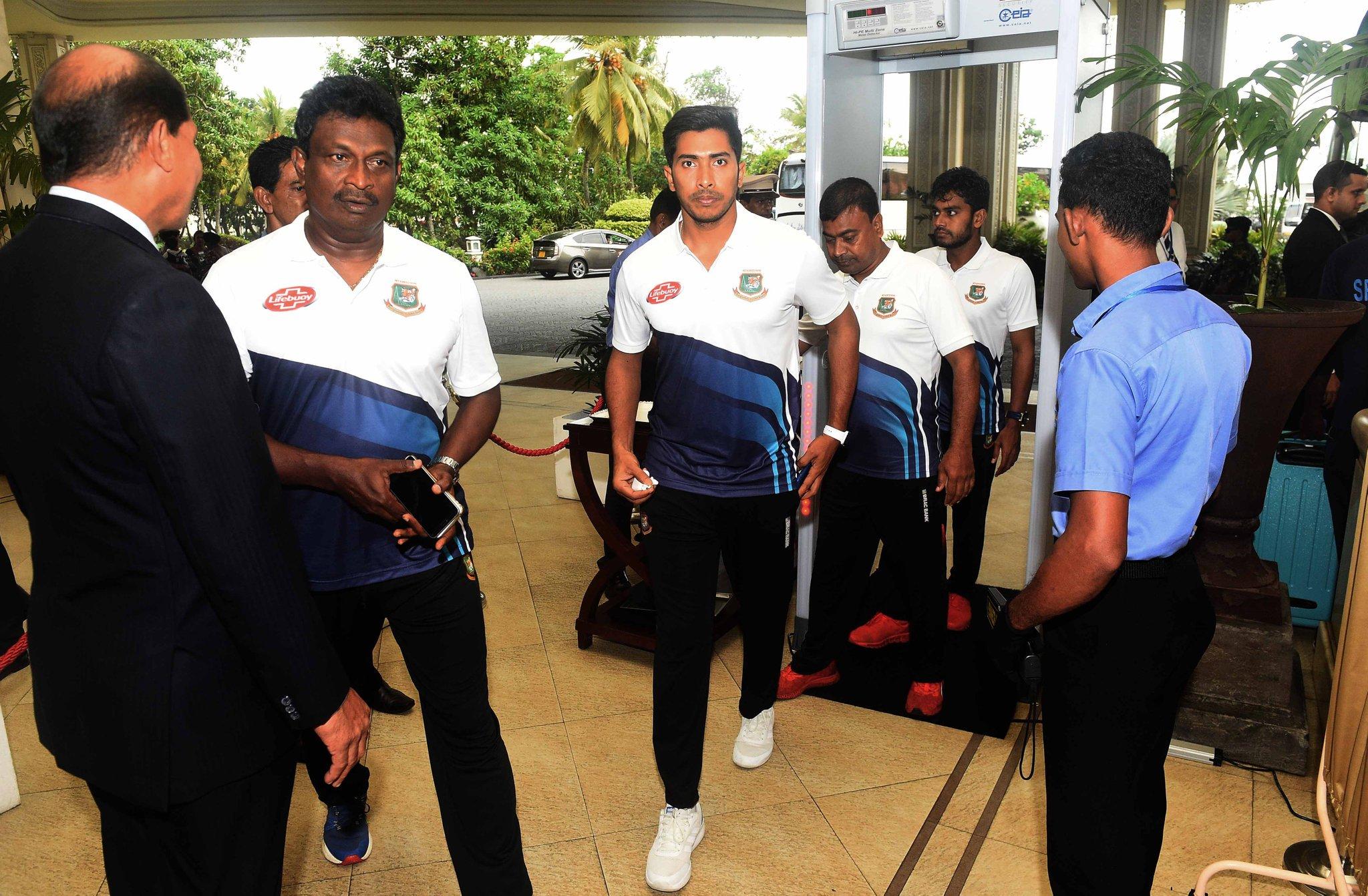 কড়া নিরাপত্তায় শ্রীলংকায় বাংলাদেশ ক্রিকেট দল
