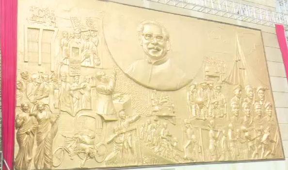 গলফ ক্লাবে বঙ্গবন্ধুর প্রতিকৃতি সম্বলিত টেরাকোটার উদ্বোধন